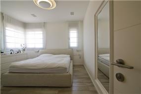 חדר שינה הורים, טלי מאיר פיק