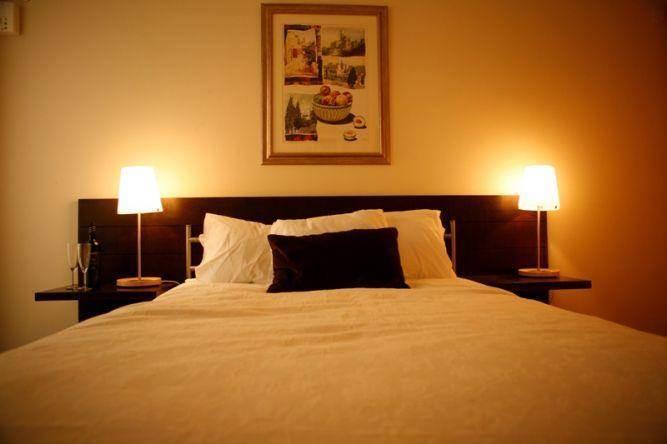 חדר שינה זוגי מלון בוטיק בירושלים, קונפורטי מעצבי פנים