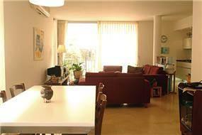 דירה, תל אביב, חדר מגורים ופינת אוכל - דורון מינין אדריכל
