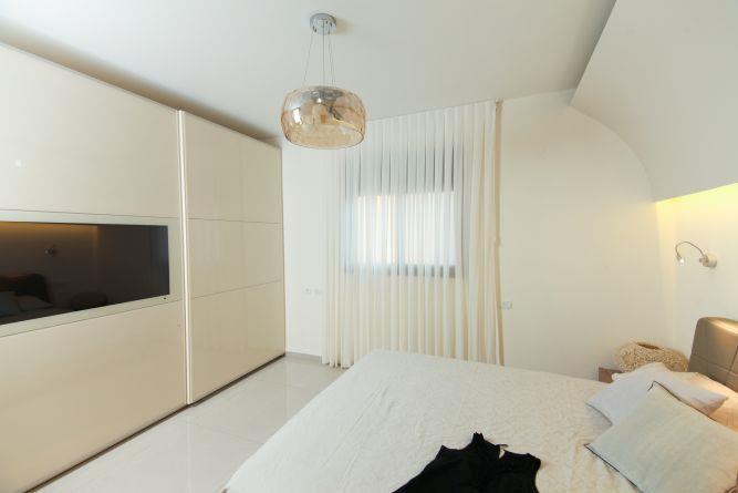 חדר שינה בסגנון רטרו, I.V Design