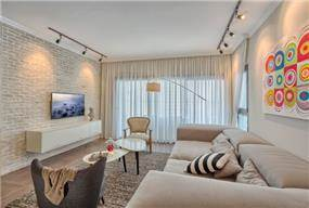 סלון עם קיר בריקים, Inside Design
