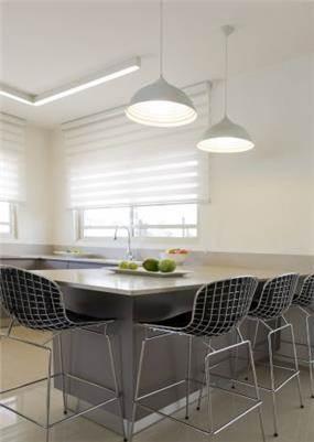 מטבח עם דלפק במראה מודרני, Inside design