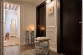 מסדרון בין החדרים, Inside Design