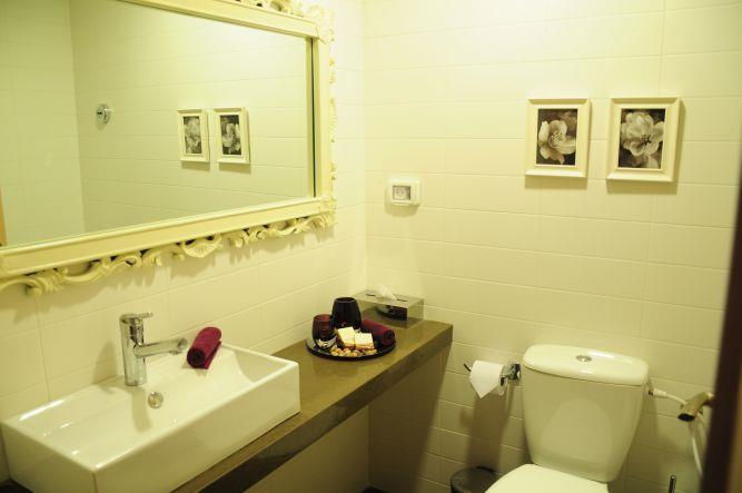 חדר אמבטיה בעיצוב יוקרתי, Inside Design