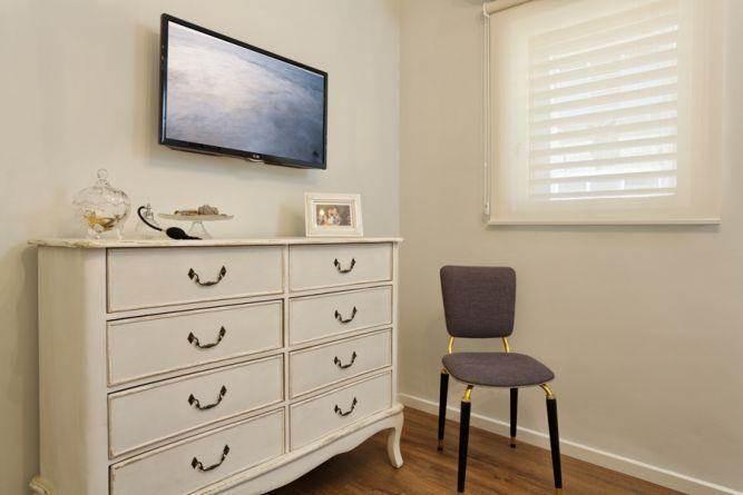 חדר שינה רומנטי, Inside Design