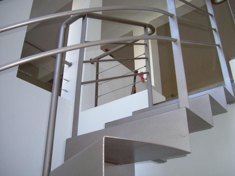 מדרגות - אסנת ברוקמן-אדריכלית