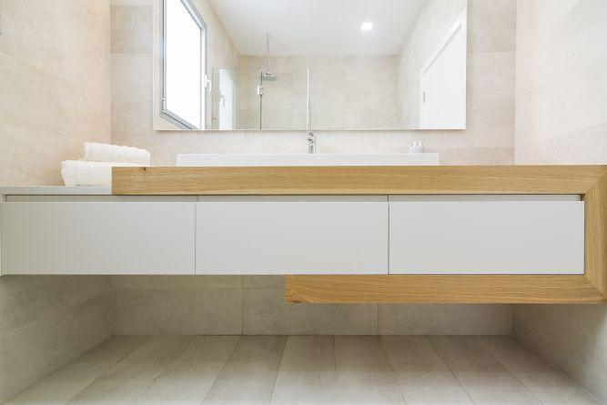 ארון אמבטיה מעץ, שולי זיו מטבחים