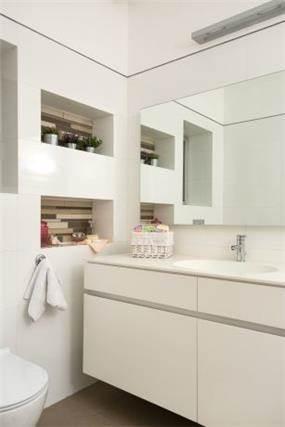 חדר אמבטיה עיצוב נקי - מיטל צימבר