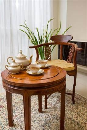 שולחן תה, מיטל צימבר