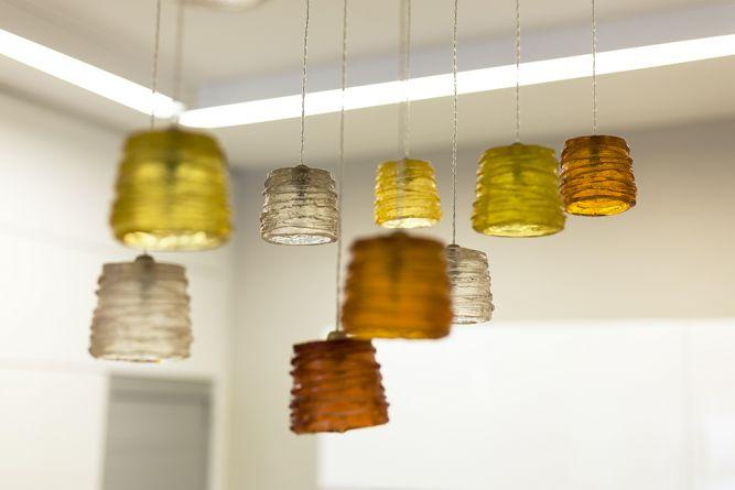 מנורה עם גוונים חמים ומיוחדים, מיטל צימבר