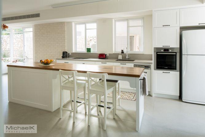מטבח ביתי בסגנון קלאסי, מטבחים רם-אור