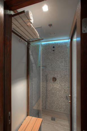מקלחת, מישר אדריכלות ובניה בעמ