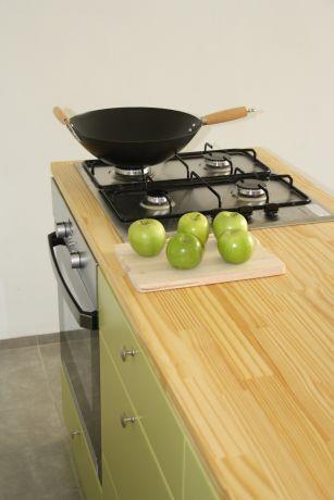 """מטבח עץ מעוצב, מישר אדריכלות ובניה בע""""מ"""
