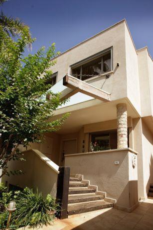 חזית בית, קרן אילן אדריכלות ועיצוב בתים
