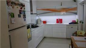 מטבח מודרני, Lavichy לביצ'י נגרות אומנותית