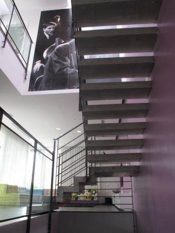 מדרגות פנים, גלית שילון אדריכלים