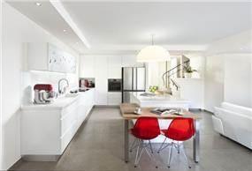 פינת אוכל ומטבח, ענבר מנגד - תכנון ועיצוב פנים