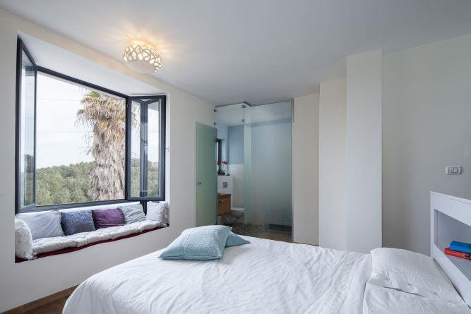 חדר שינה מעוצב, ענבר מנגד - תכנון ועיצוב פנים