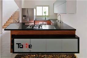 מטבח מודרני בשילוב פורניר, טובי מטבחים