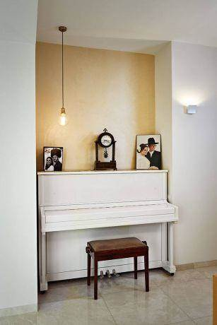 דירה בשכונת רחביה בירושלים - ברברה ברזין