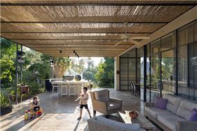 עיצוב רחבה מוצלת- בי אדריכלים