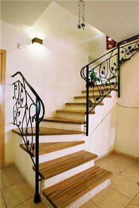 חלל מדרגות - הילה קרן-שטיינמץ אדריכלות ועיצוב פנים