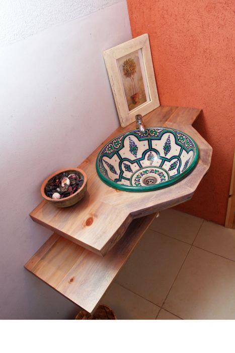 כיור עבודת יד מרוקאי - חכם בן-צבי אדריכלים