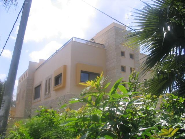 חזית בית דו משפחתי - גולדמן גבריאל