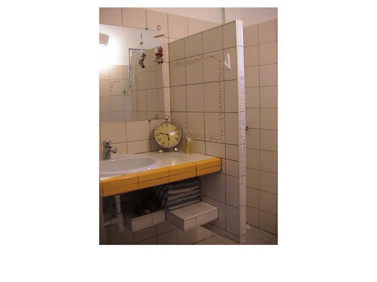 אמבטיה - עז אדריכלות