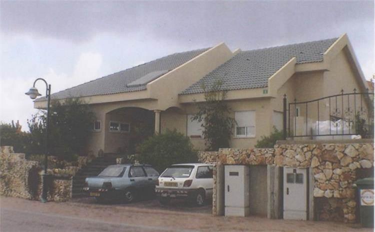 """בית פרטי, ישוב קציר - א.ענבר אדריכלות ובינוי ערים בע""""מ"""