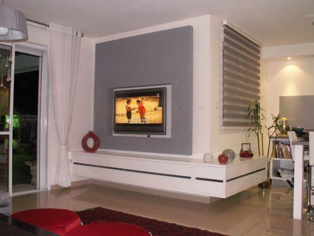 קיר מרחף בסלון- עיצוב איילת ולנסי A3D