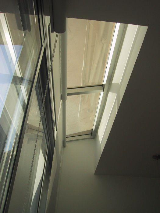 ויטרינת זכוכית בשילוב sky light - אהובה שורצברד