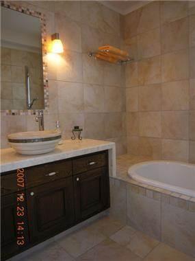 חדר אמבטיה - דורית אשל - תכנון ועיצוב פנים