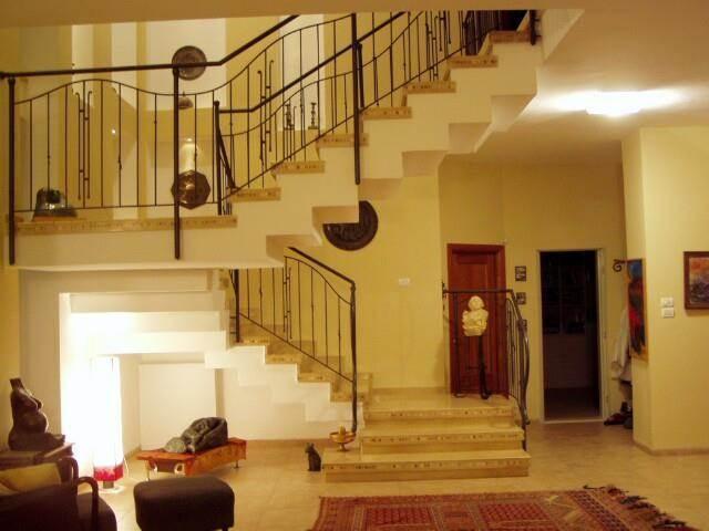 עיצוב חלל מדרגות - א.מ.-אדריכלות ועיצוב פנים