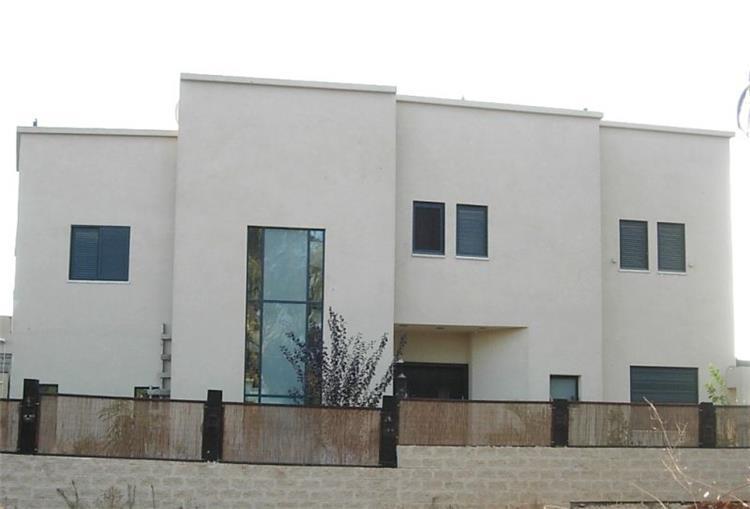 בית פרטי, פרחים - דניס ויסר אדריכלית