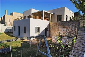 חצר - יבגי - סיטון אדריכלים