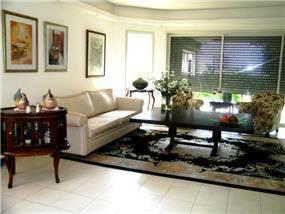 סלון בבית בסגנון קלאסי - צביה דגני עיצוב ותכנון