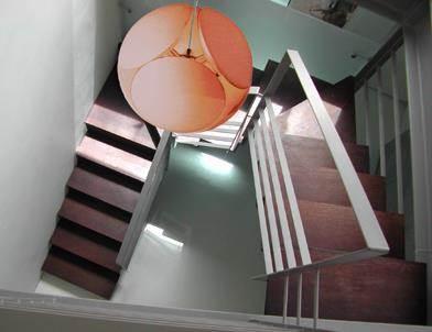חדר מדרגות, דופלקס, רמת אביב - גיל-מור:: סגלשטיין אדריכלות ועיצוב פנים