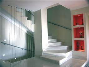 מדרגות - אם-סטודיו