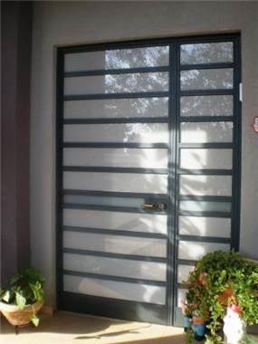 דלת כניסה - שובה אדריכלות