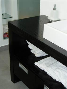 חדר אמבטיה, דירת רווק, תל אביב - ענת גפני- עיצוב פנים