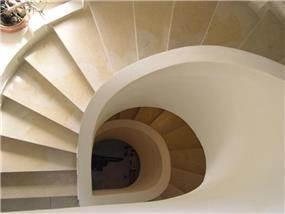 מדרגות ספירלה - נדלסטיצ'ר אדריכלים