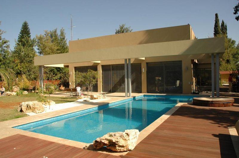 בית פרטי ובריכה, סביון - מיקי בורד-אדריכלית