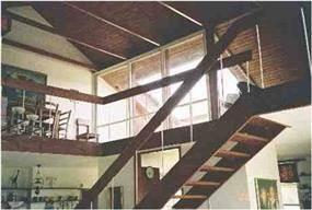מרפסת מהגלריה- ורדה יואלי, אדריכלית