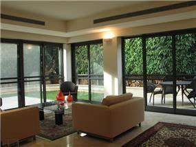 סלון, בית פרטי, רעננה - אורי עשת עיצוב אדריכלי