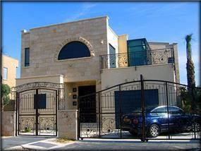 בית ישראלי, קיסריה - נורית ונדסבורגר
