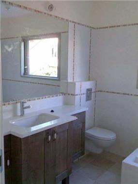 חדר שירותים - נדין לומלסקי-אדריכלות ועיצוב