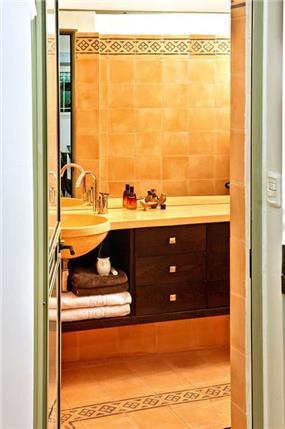 חדר רחצה - יעל אלגום - משרד לתכנון ועיצוב אדריכלי