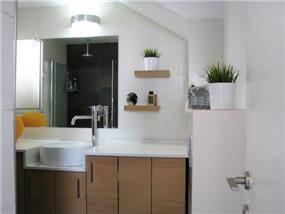 דופלקס ברחוב בר לב, אור יהודה. אמבטיה מעוצבת, פרטים - סטודיו לאדריכלות ועיצוב