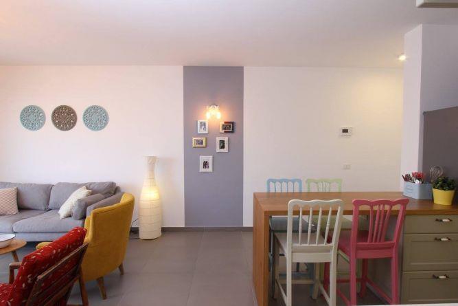 דירה ברחוב מרכולת, תל אביב. מטבח וסלון, פרטים-סטודיו לאדריכלות ולעיצוב